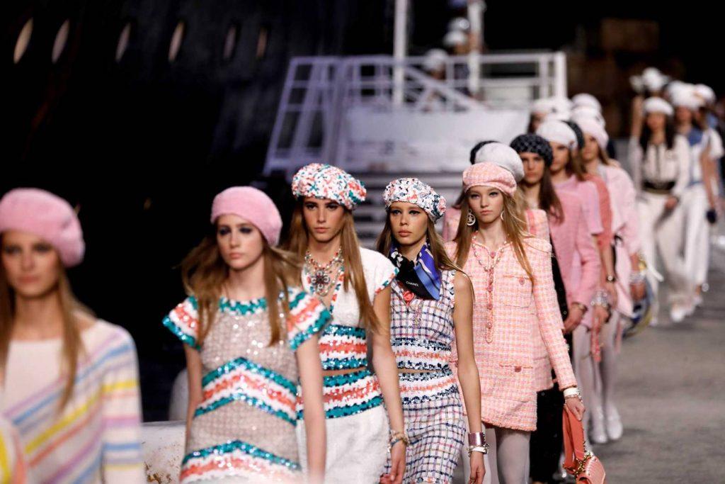 những tin thời trang cần biết về mùa resort 2020 4