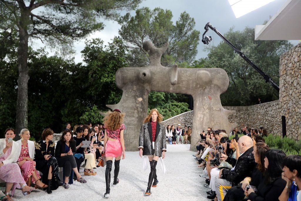 những tin thời trang cần biết về mùa resort 2020 6