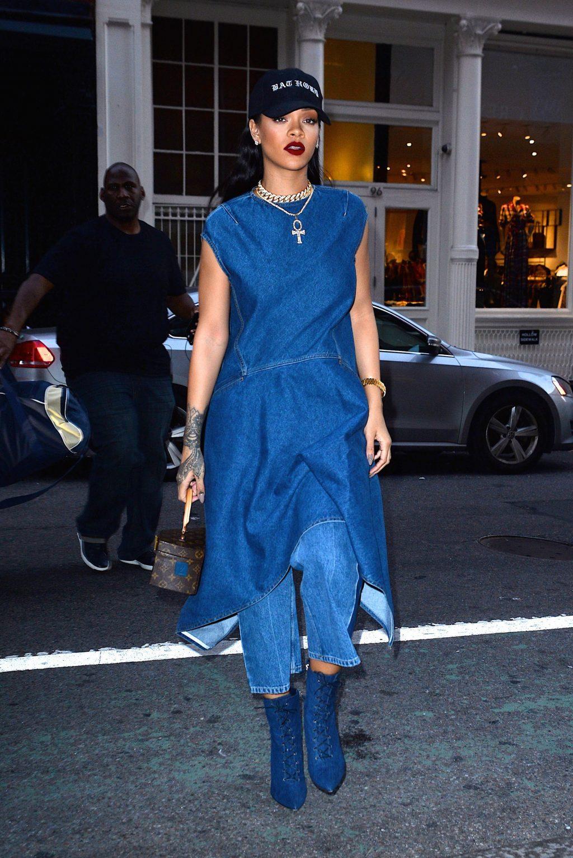 Bắt kịp xu hướng thời trang túi xách siêu nhỏ cùng dàn fashionista thế giới 7
