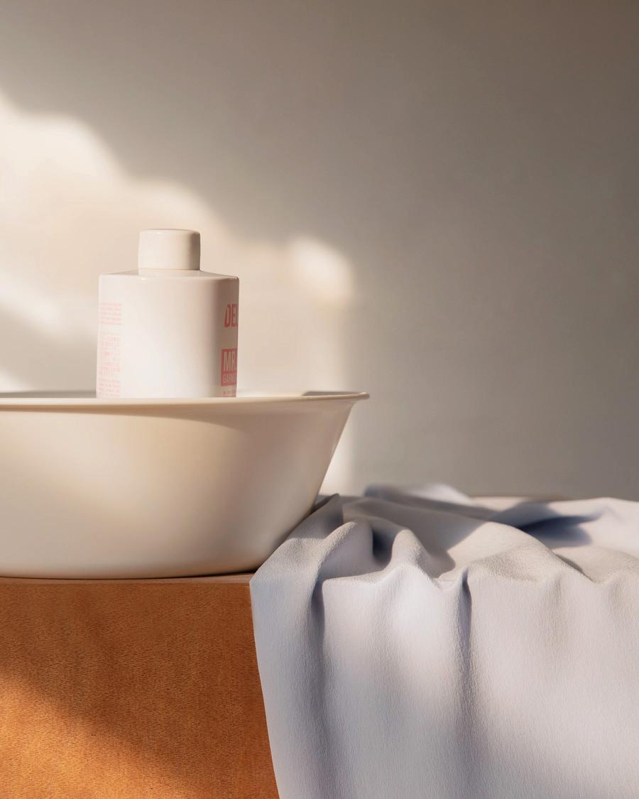giặt quần áo bằng lụa bằng xà phòng