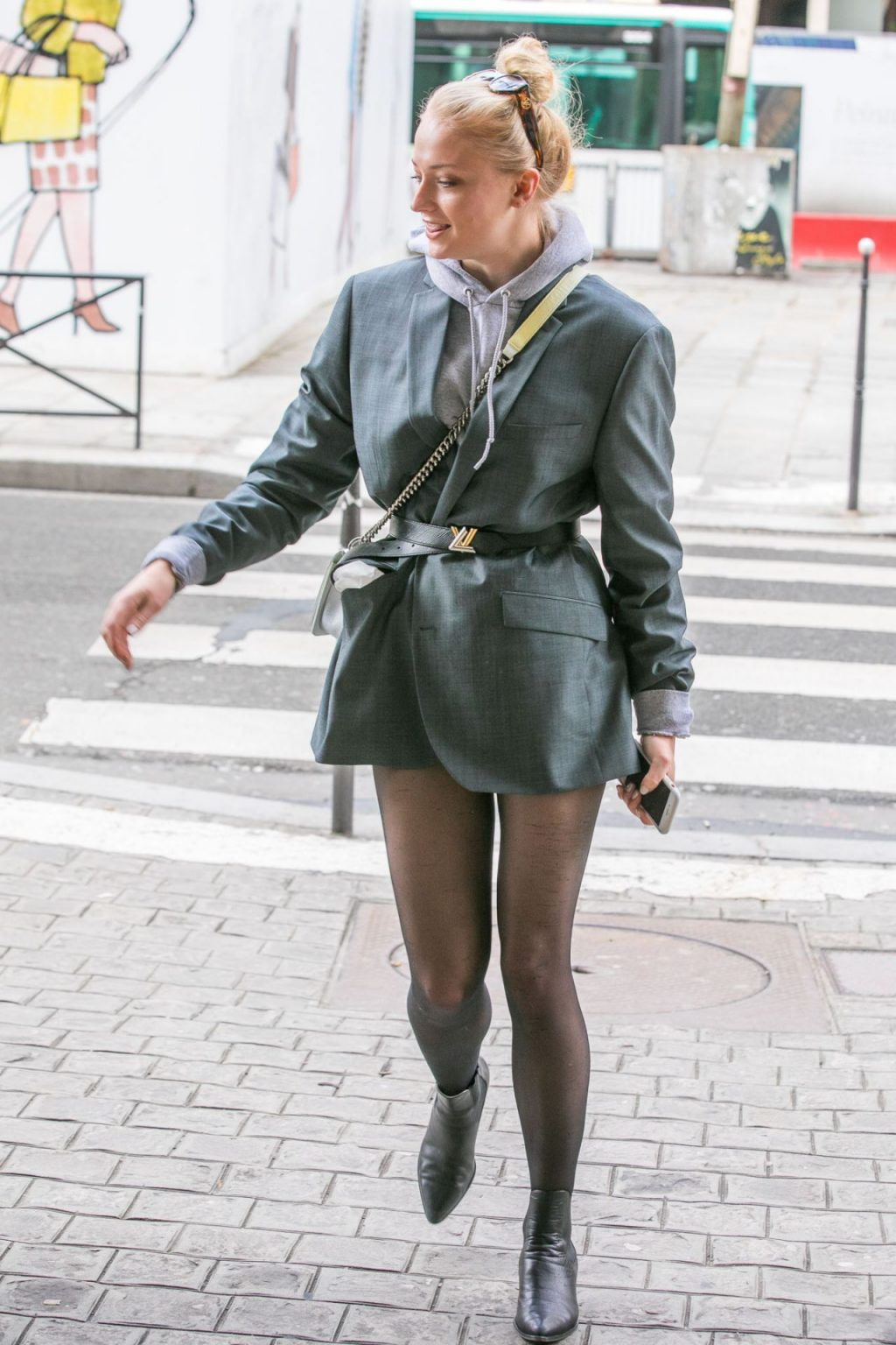Phong cách thời trang Sophie Turner 17