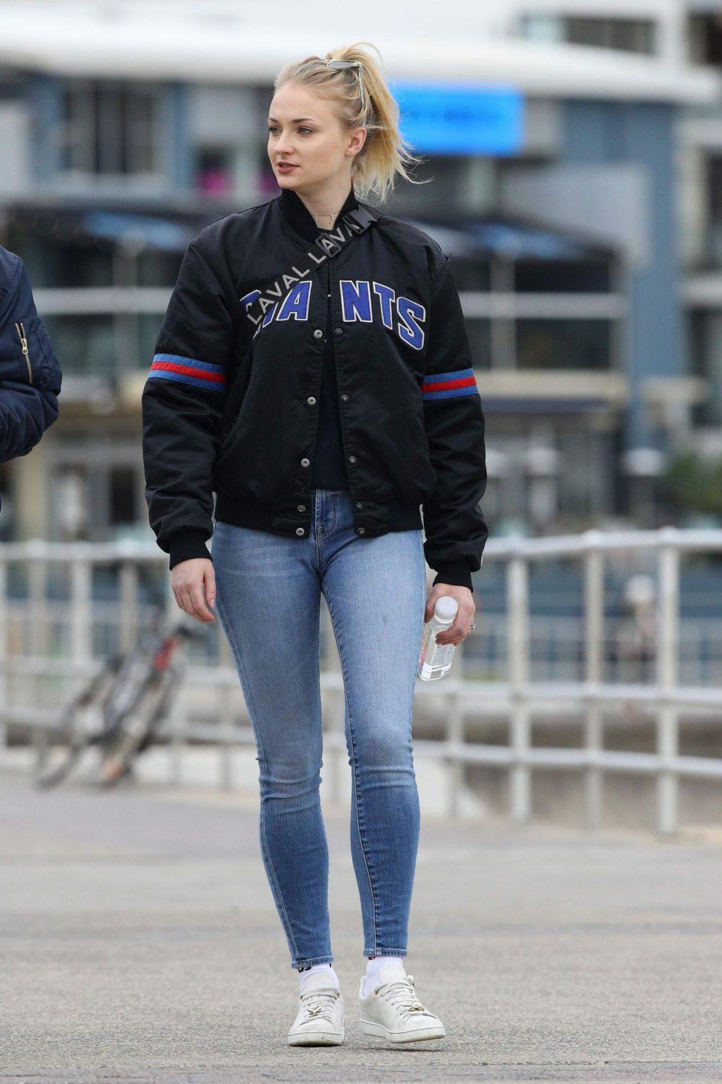 Phong cách thời trang Sophie Turner 19