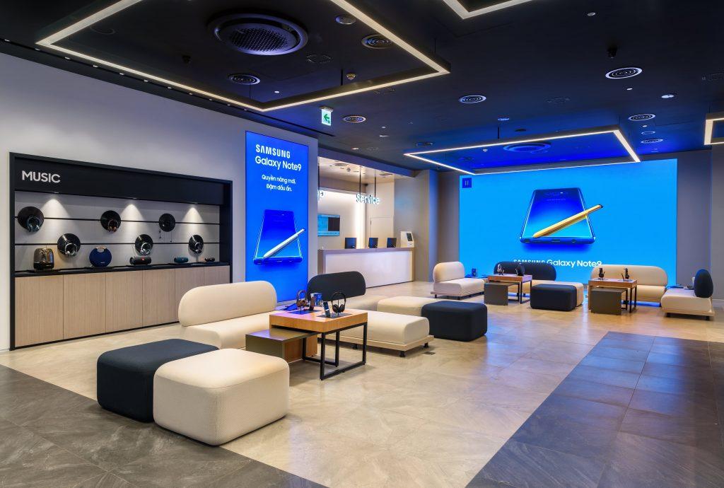 Samsung Showcase 3