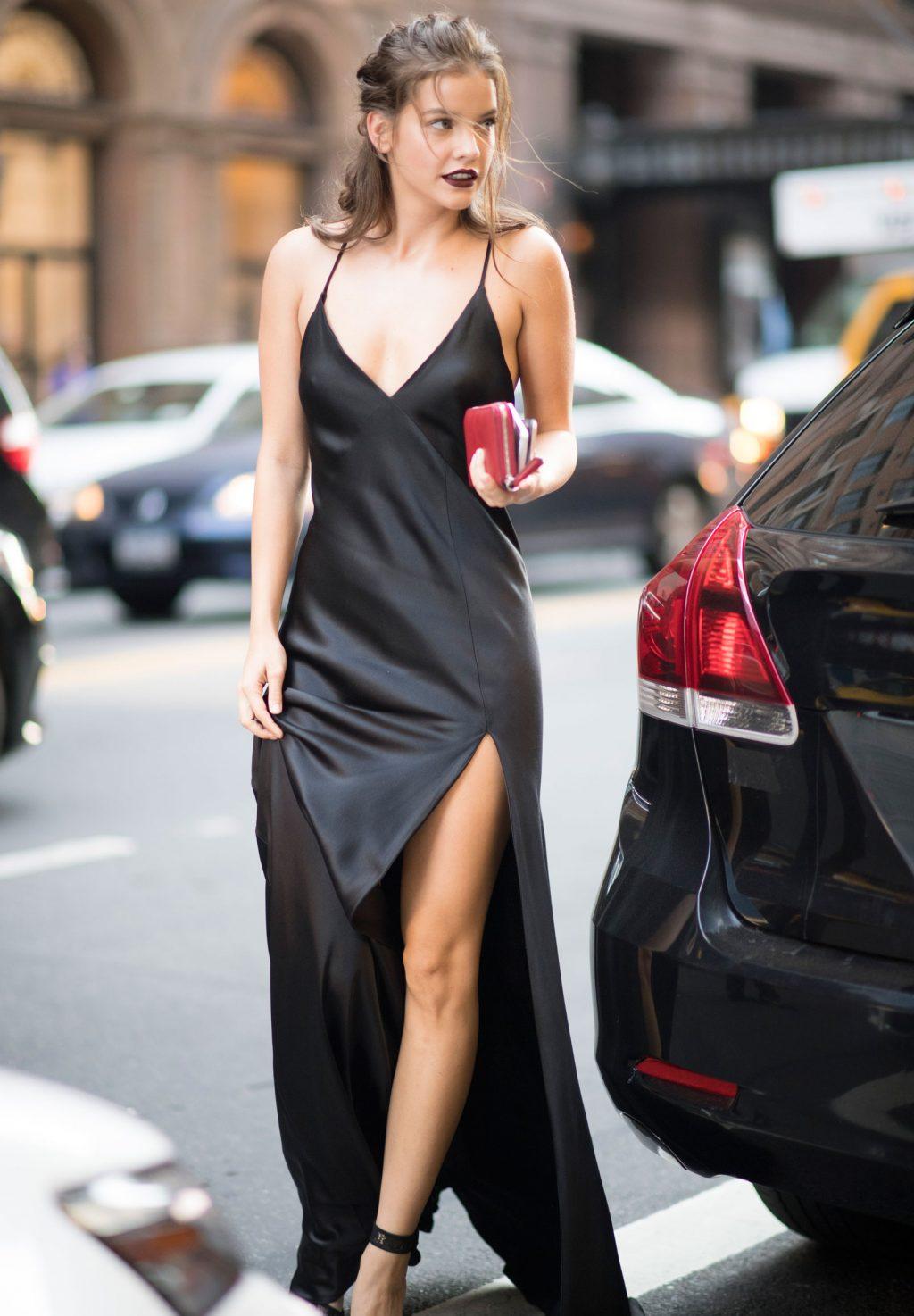 phong cách thời trang đầy lôi cuốn của Barbara Palvin 7
