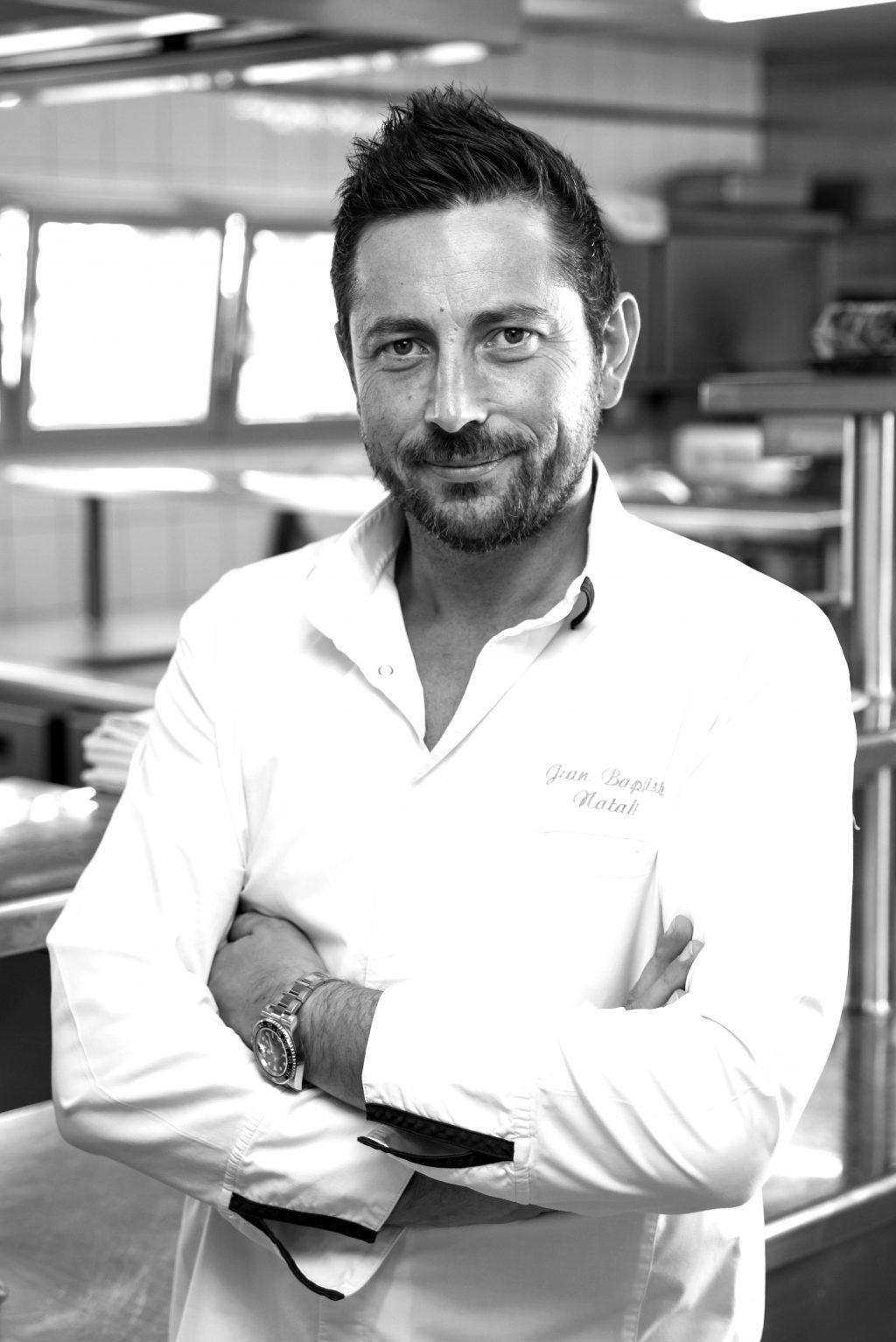 Bếp trưởng trẻ nhất tại Pháp đạt sao Michelin
