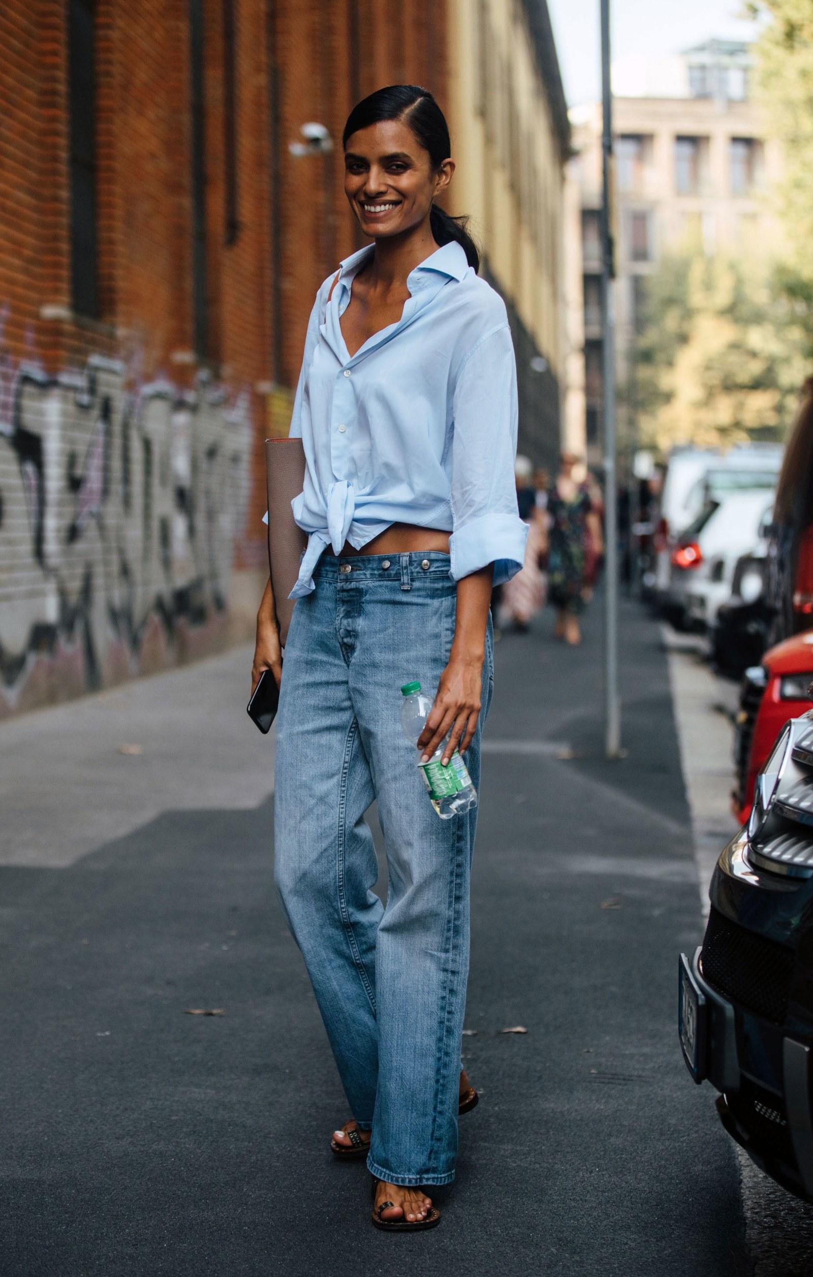 xu hướng thời trang quần jeans cạp trễ add 3