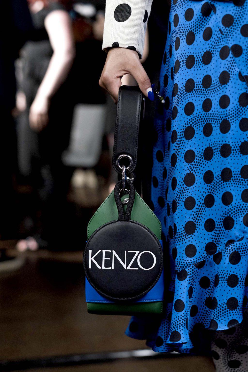 phụ kiện tuần lễ thời trang xuân - hè 2019 kenzo 2