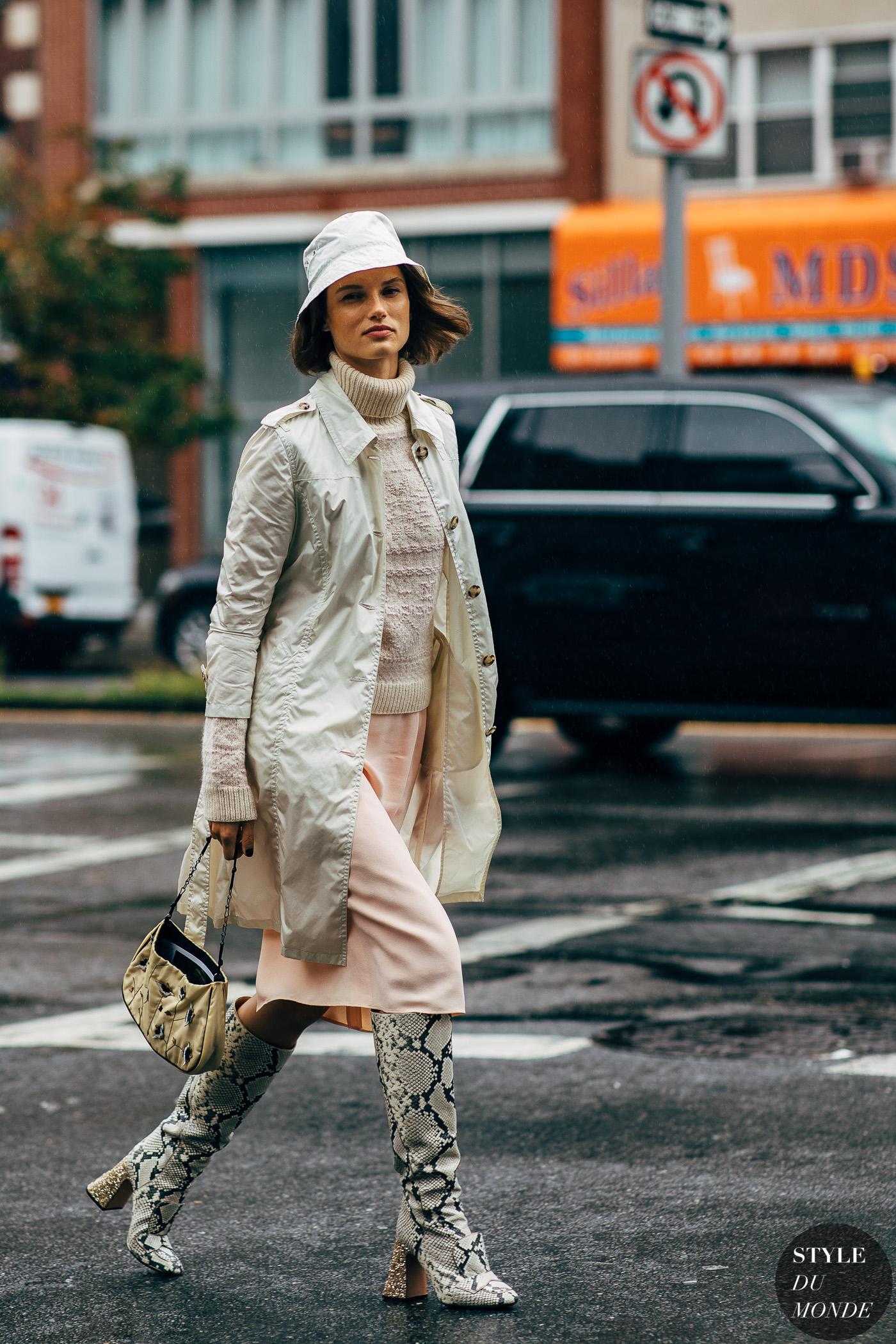 xu hướng thời trang mũ xô 2019 11