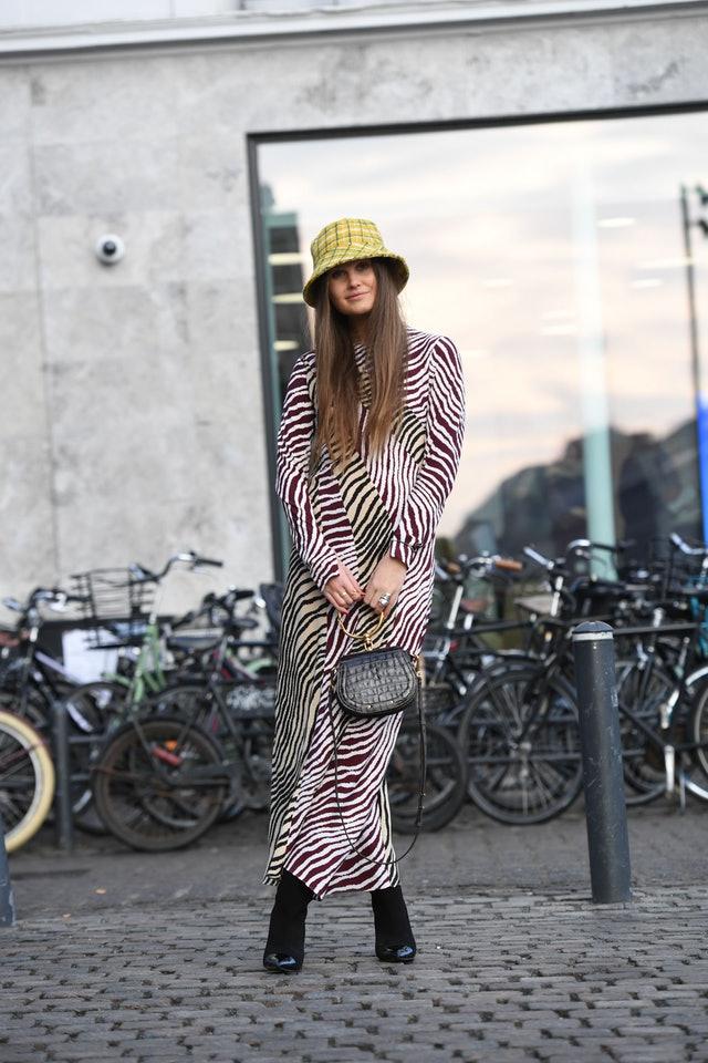 xu hướng thời trang mũ xô 2019 21