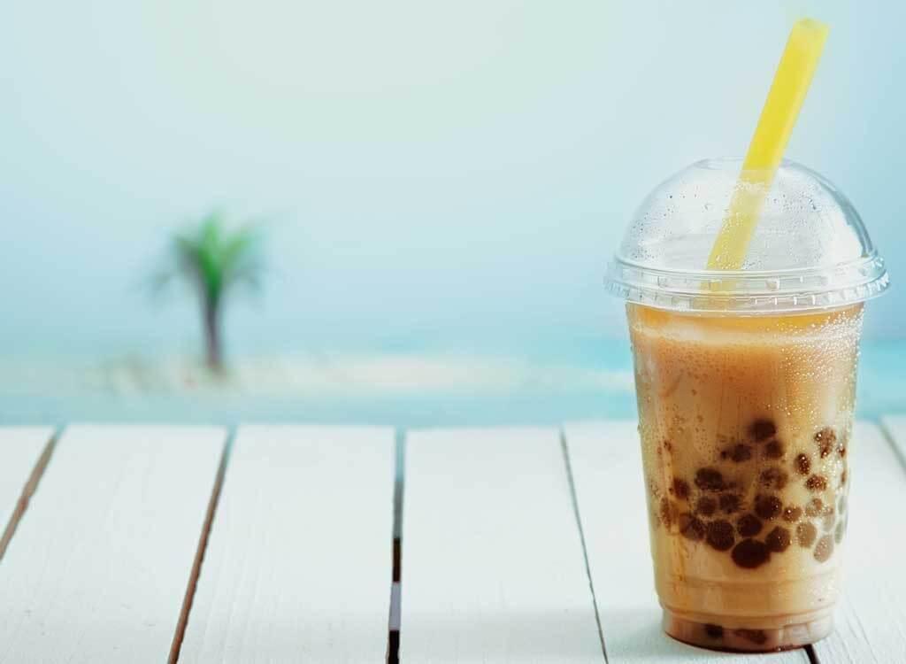 uống trà sữa ft01