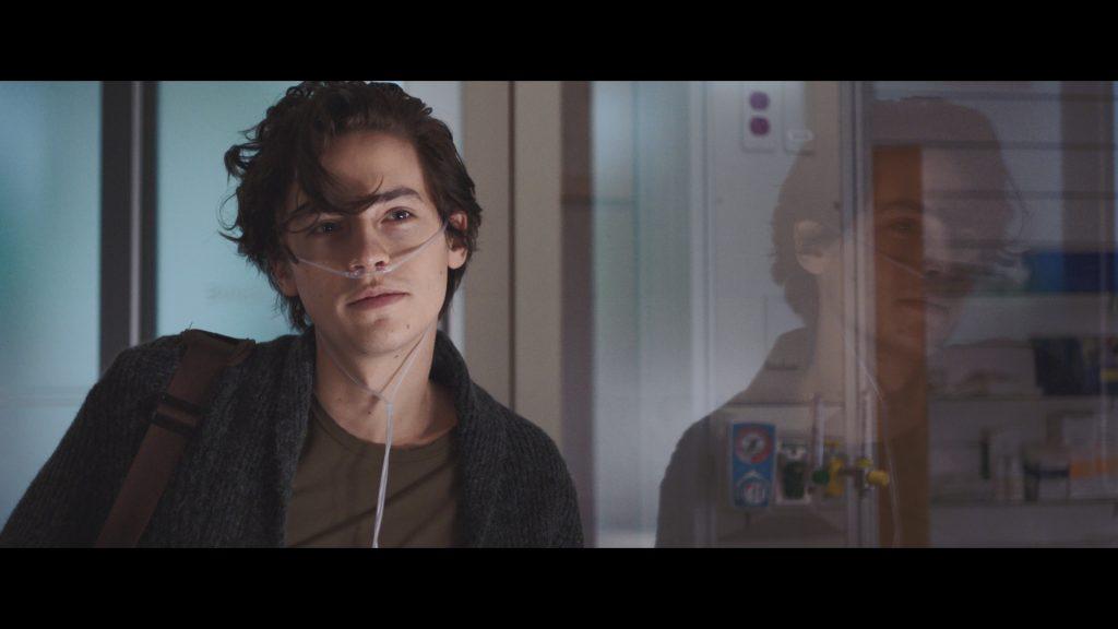 Cole Sprouse trong phim Năm Bước Để Yêu 9