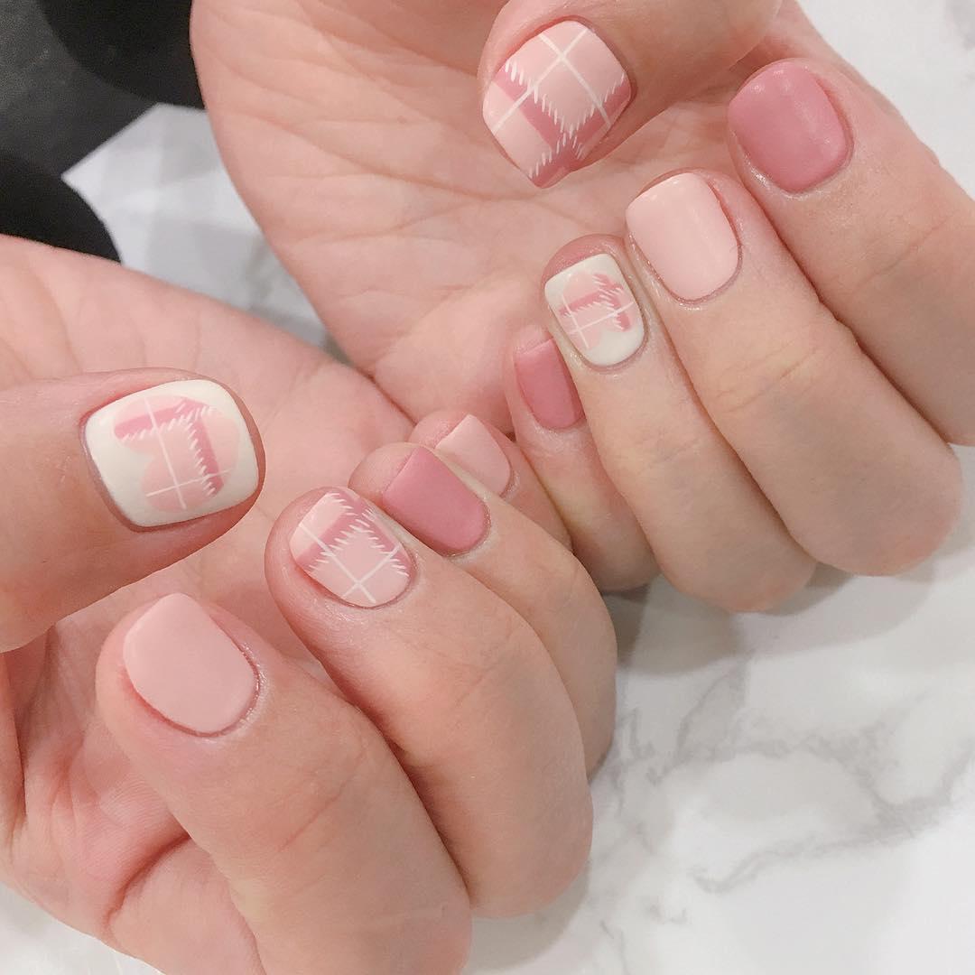 09 mẫu sơn móng tay hàn quốc