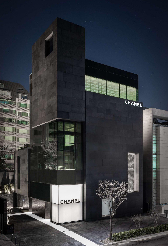Điểm tin thời trang: Jennie Kim, Yoon Ah cùng dàn sao hội tụ tại sự kiện ra mắt cửa hàng flagship của Chanel