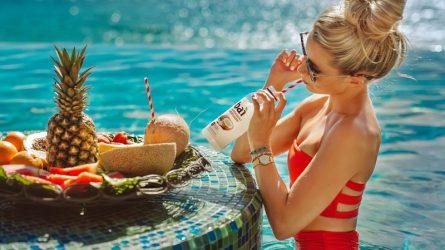 Tuyệt chiêu trị thâm cơ thể để nàng tự tin diện bikini đi biển mùa Hè
