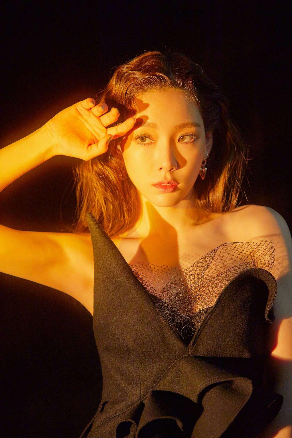 phong cách thời trang qua các MV của Taeyeon 14
