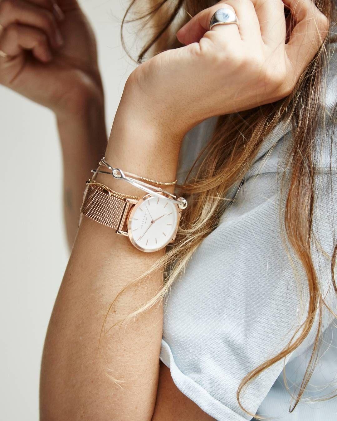 đồng hồ phụ kiện cho phụ nữ tuổi 30 rosefield 2