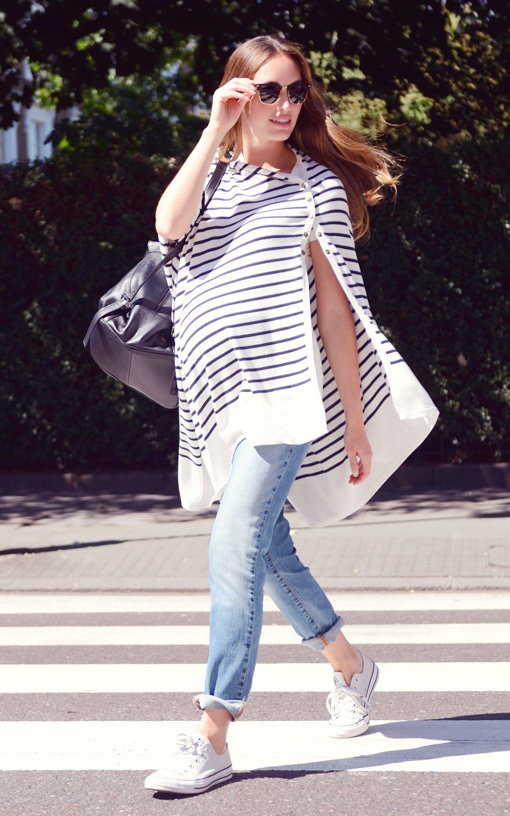 cách phối đồ với quần jeans khi mang thai