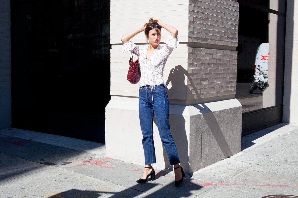 diện quần jeans mỗi ngày 9