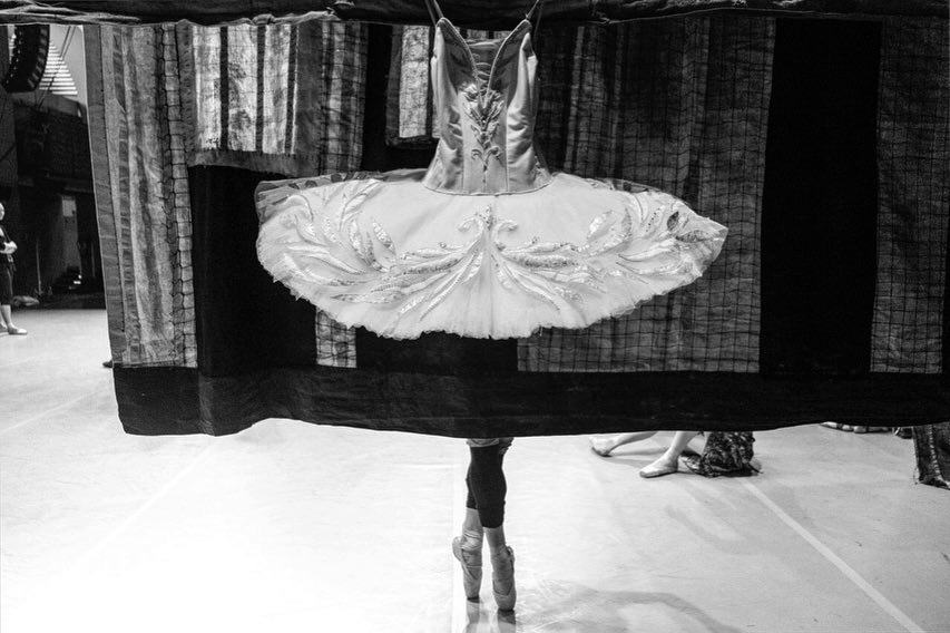 Elle viet nam múa ballet