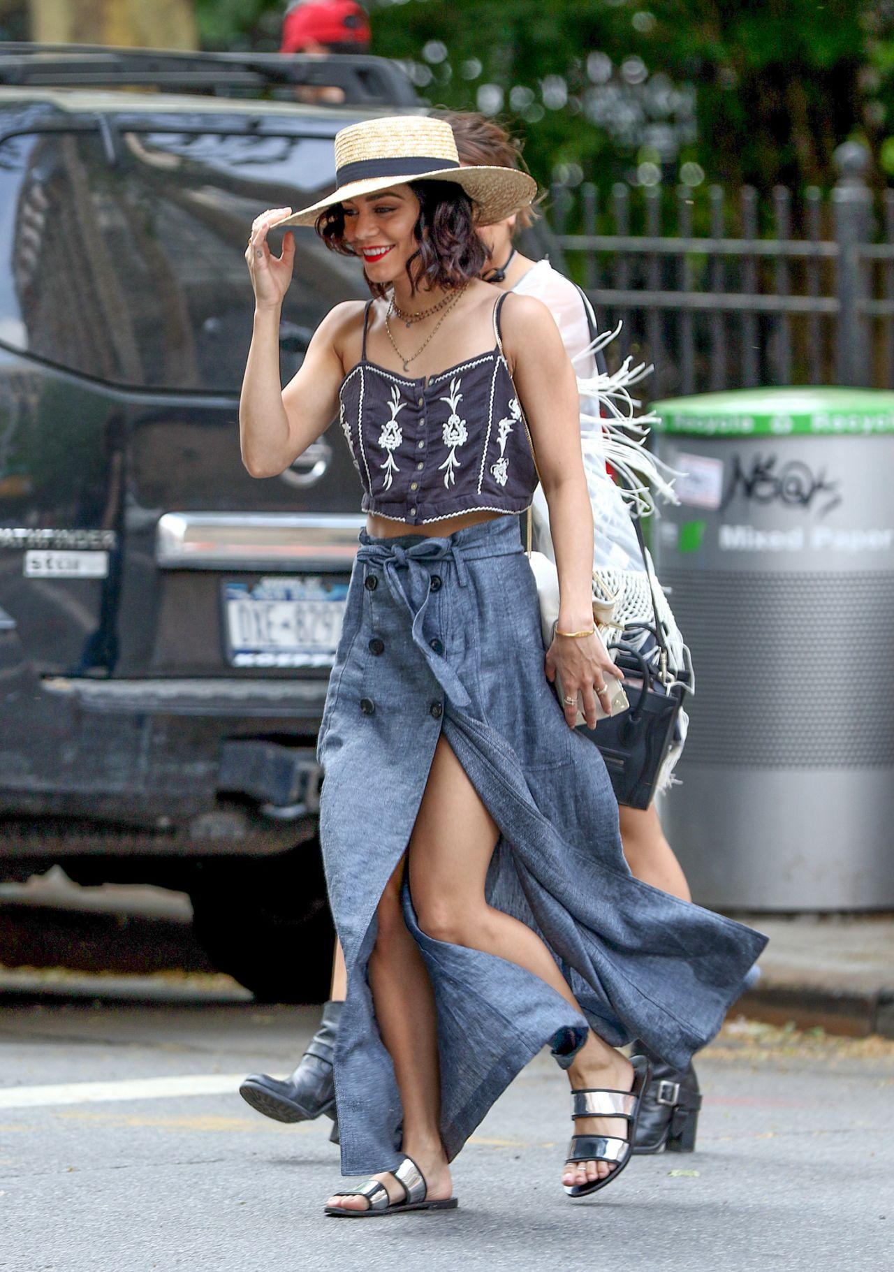 """phong cách thời trang """"nữ hoàng Coachella"""" Vanessa Hudgens 12"""