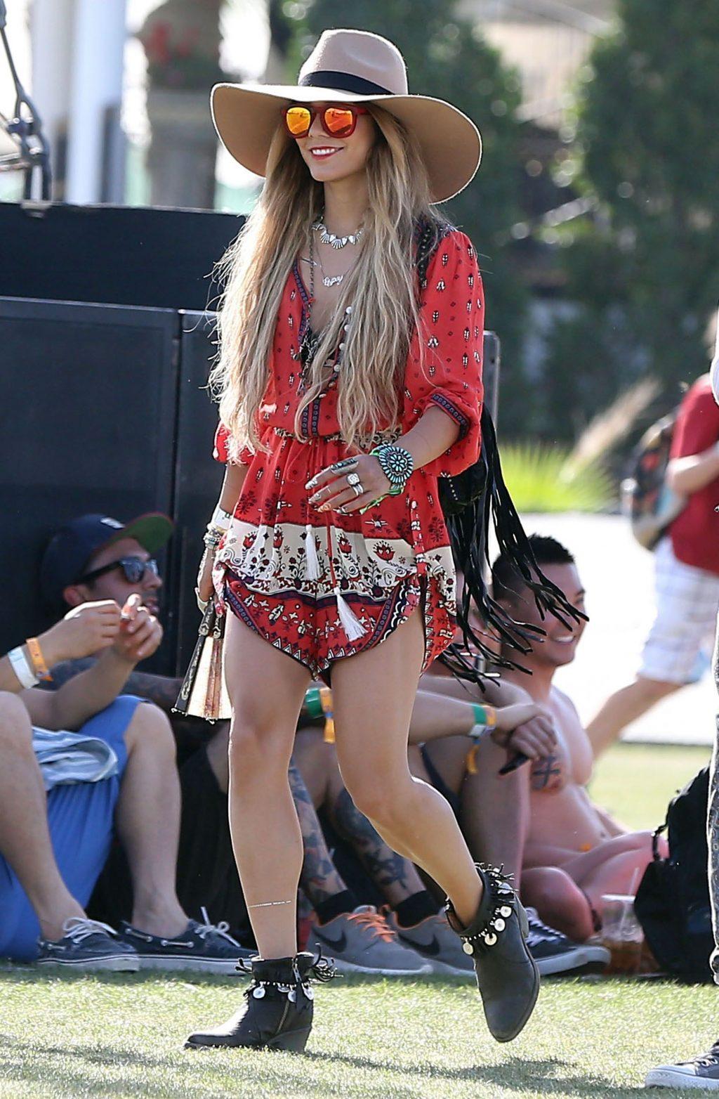 """phong cách thời trang """"nữ hoàng Coachella"""" Vanessa Hudgens 8"""