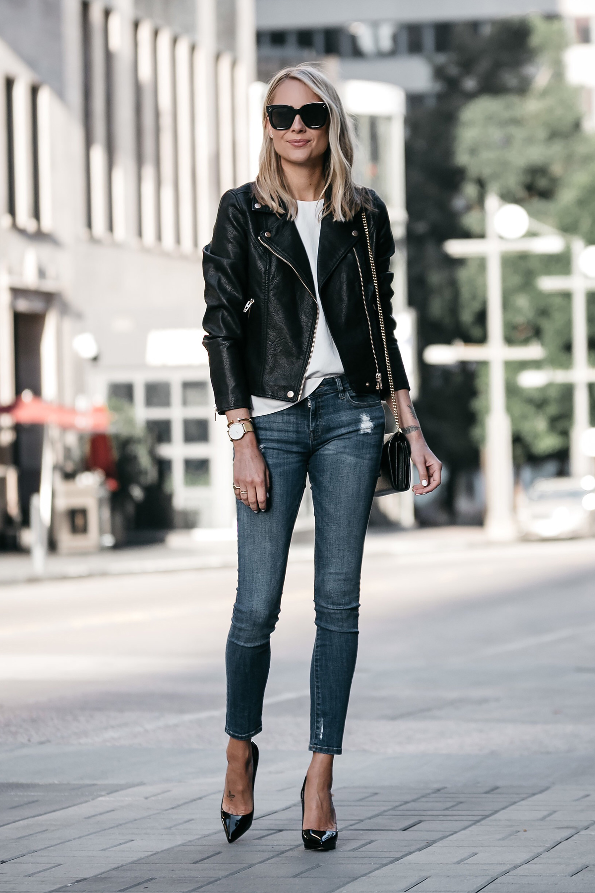 món đồ thời trang dễ nhầm lẫn áo khoác da đen