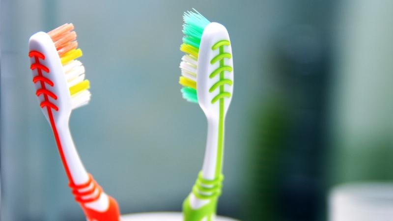 làm sạch răng 2