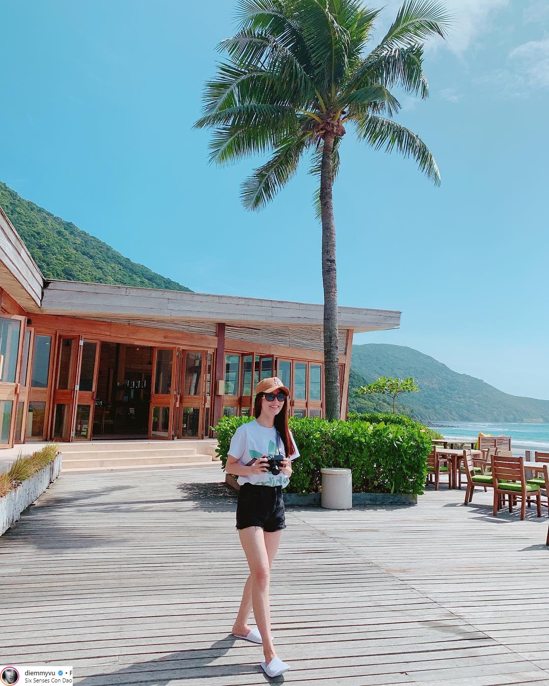 thời trang du lịch sao Việt 2