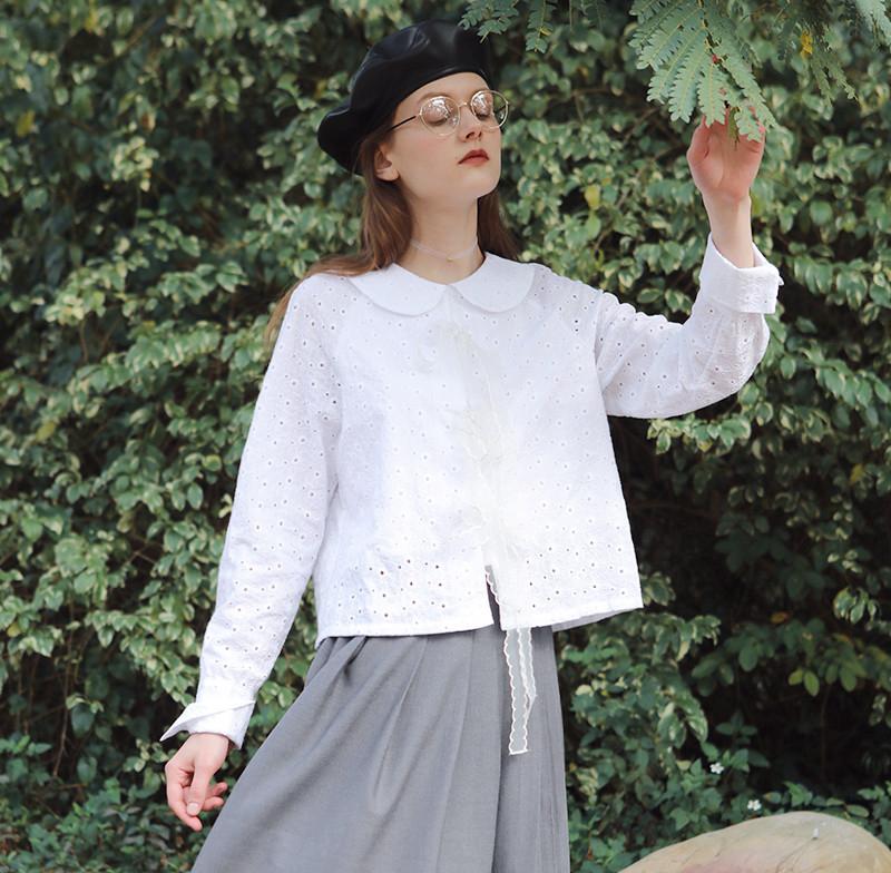 áo sơmi trắng cổ peter pan