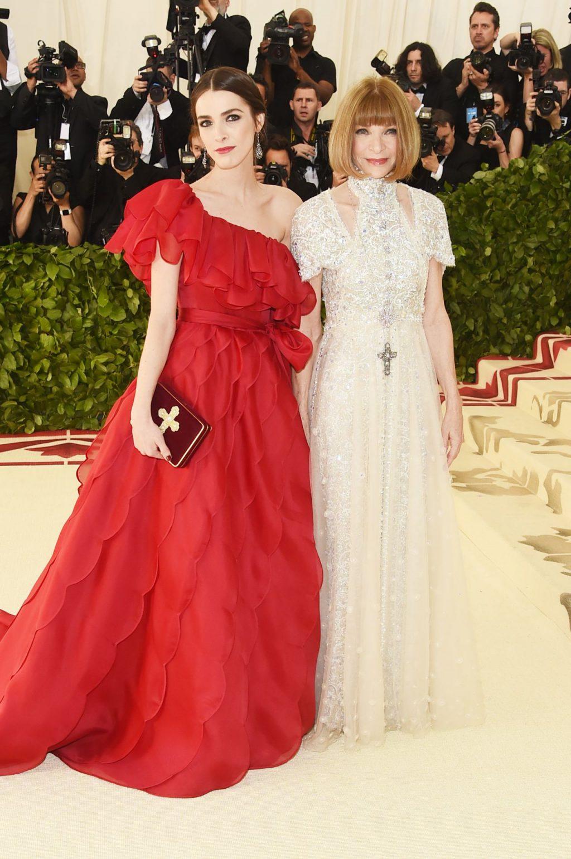 thời trang thảm đỏ Anna Wintour và Bee Shaffer