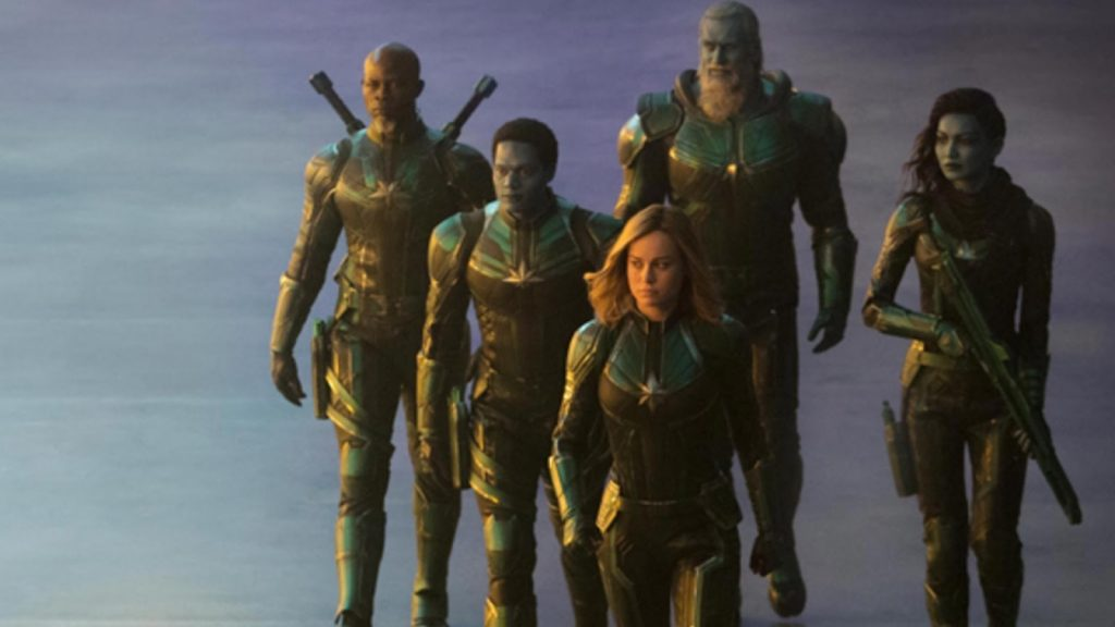 thời trang trong phim captain marvel 10