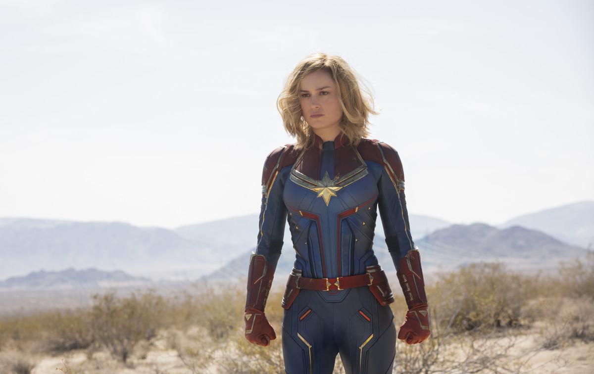 thời trang trong phim captain marvel 2