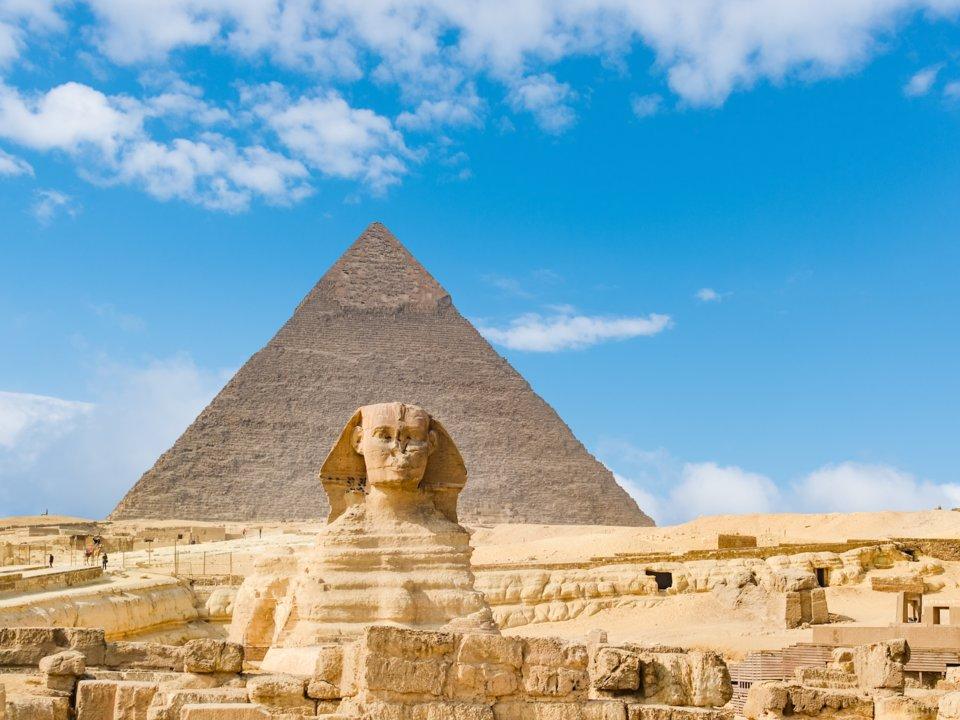 tượng nhân sư và kim tự tháp ở giza