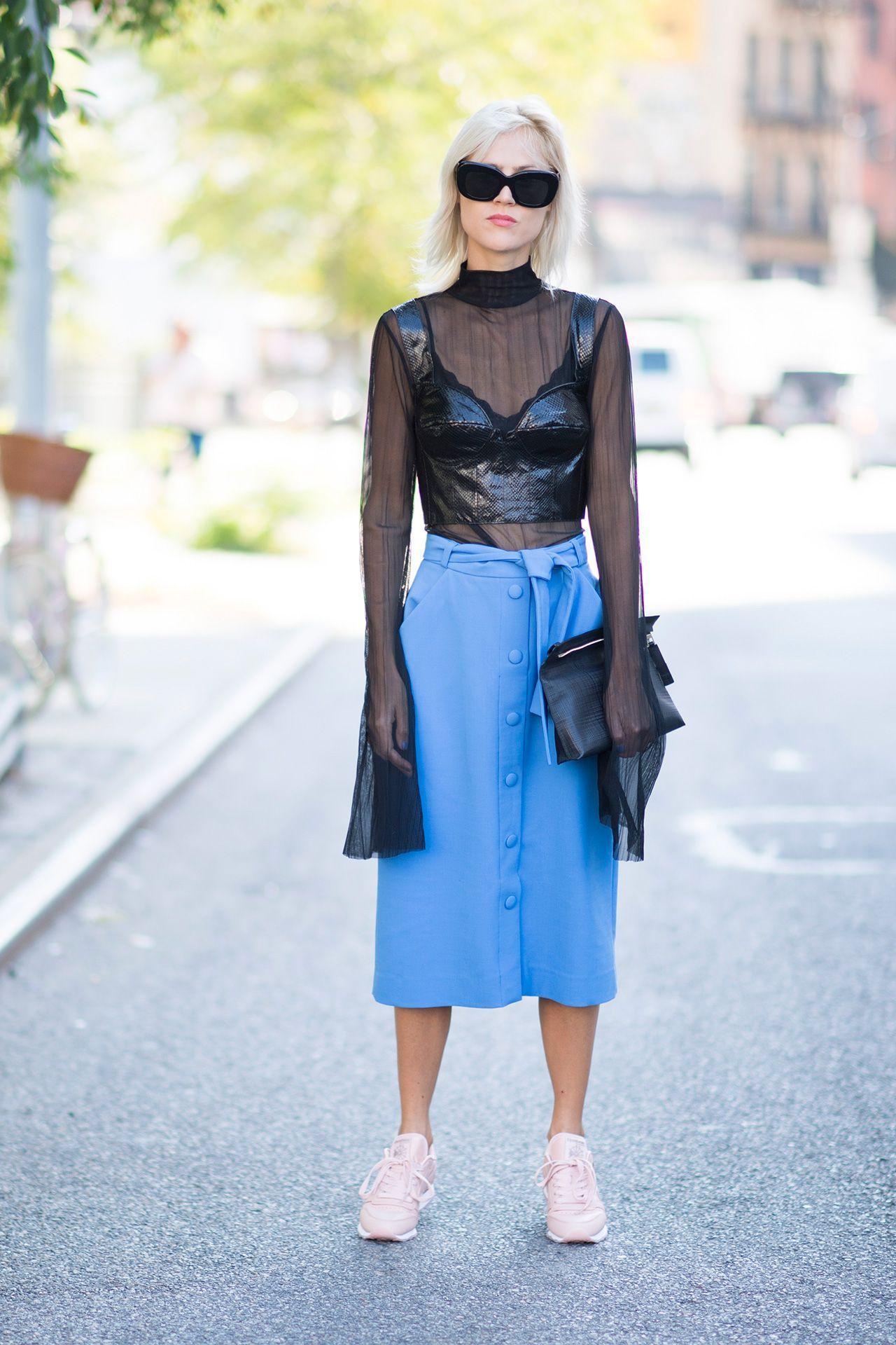 áo crop top da và áo xuyên thấy, chân váy midi