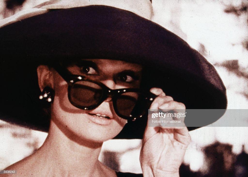biểu tượng thời trang Audrey Hepburn