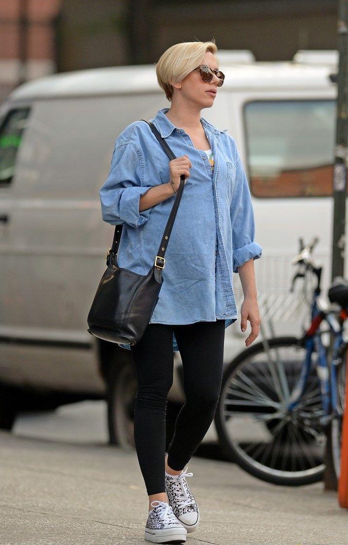 thời trang của Scarlett Johansson khi mang thai