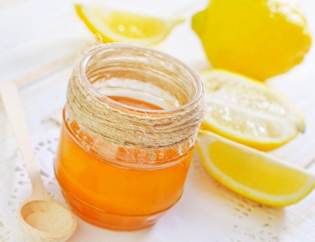 cách làm đẹp bằng nước dừa và mật ong