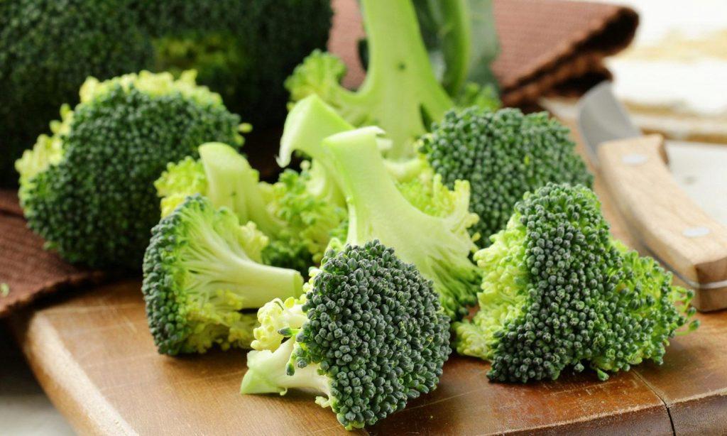 chế độ ăn - bông cải xanh