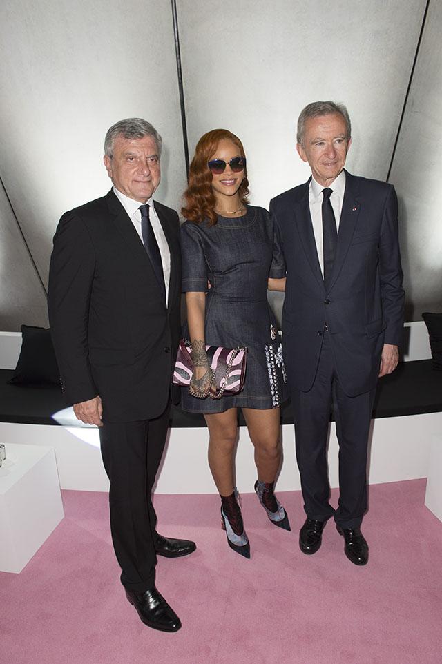 Rihanna và CEO tập đoàn LVMH Bernard Arnault