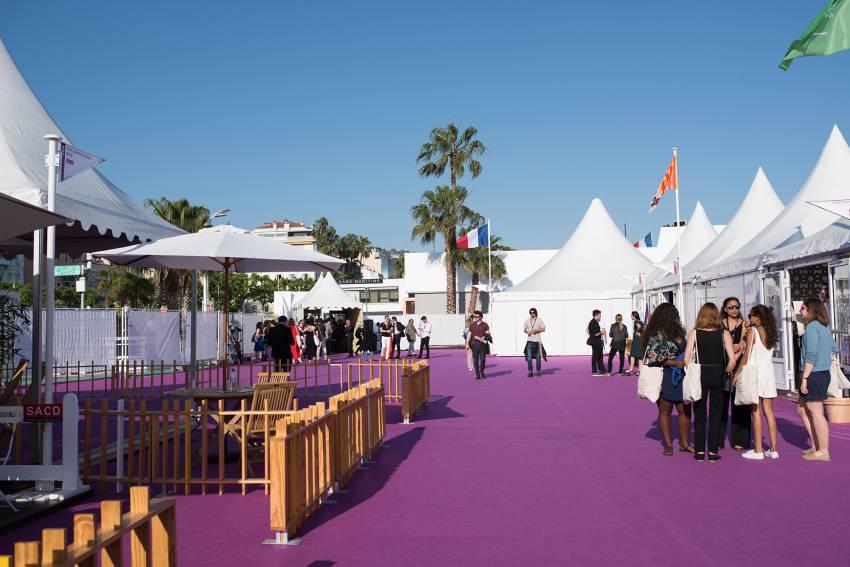 khu vực chăm sóc trẻ em tại LHP Cannes 2019