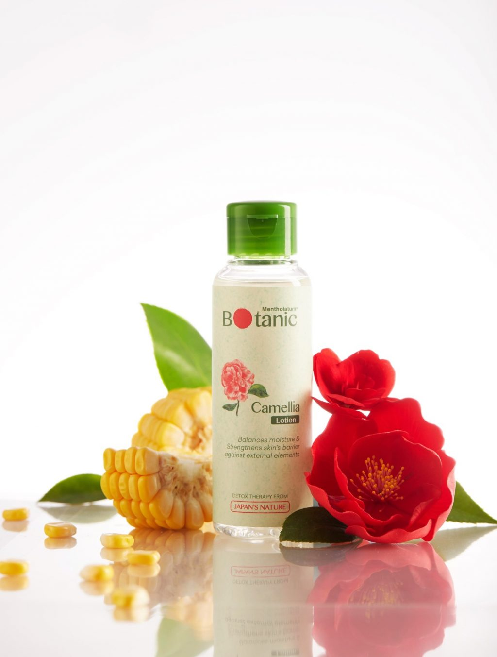 lotion mỹ phẩm thiên nhiên với hoa