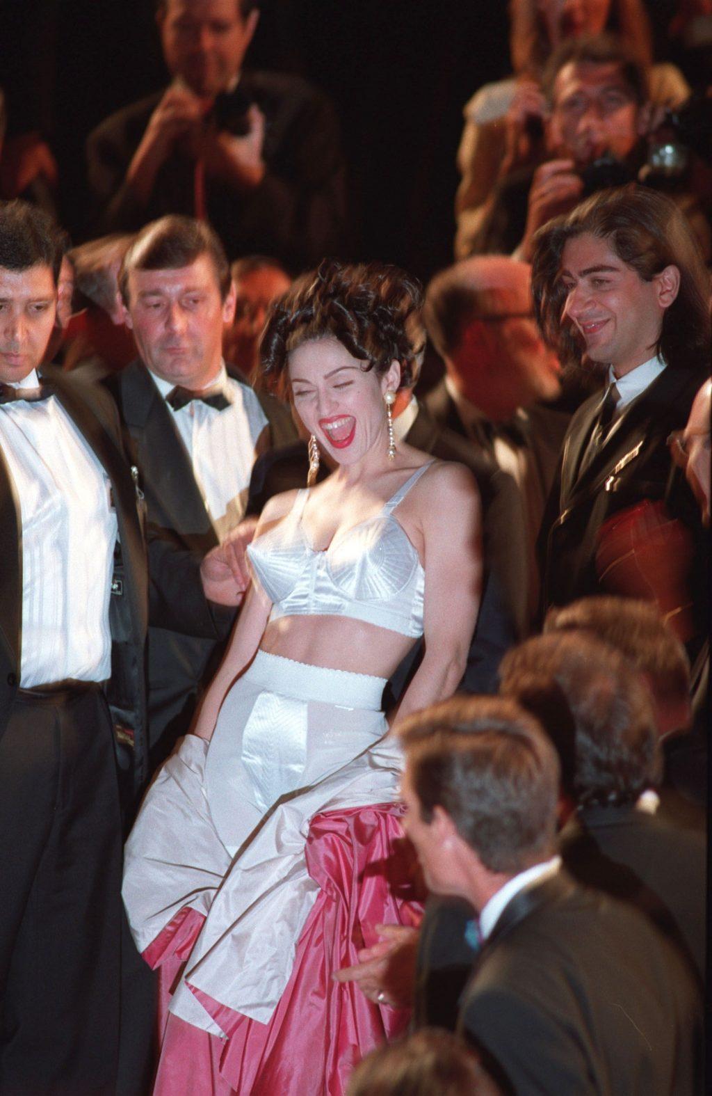 madonna đầm Jean Paul Gaultier cannes 1991