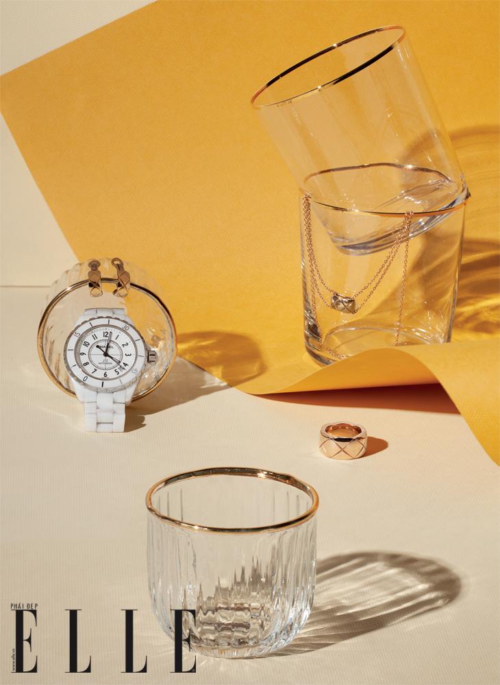 đồng hồ J12 và phụ kiện Chanel