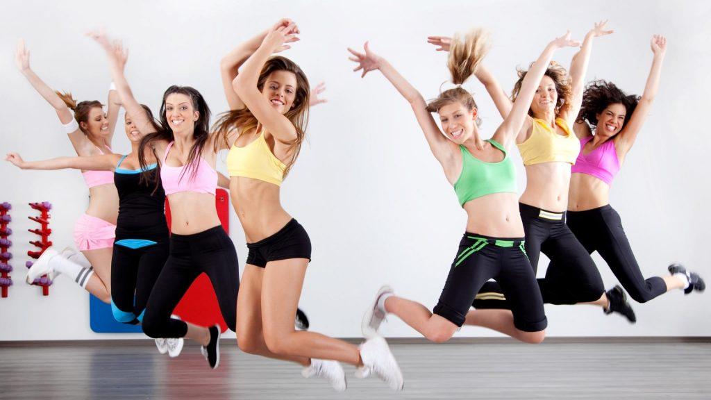 các cô gái nhảy zumba 04