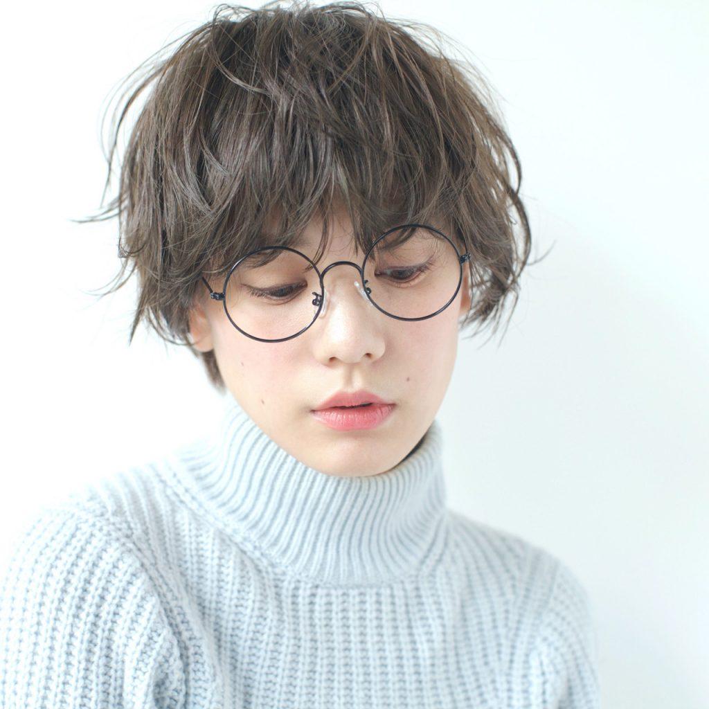 phụ nữ tóc pixie 04