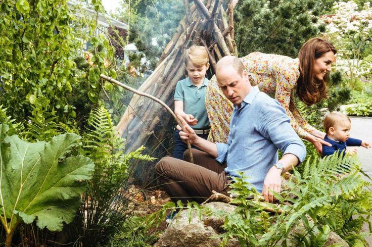 Gia đình Hoàng tử William vui chơi hàng giờ liền trong khu vườn