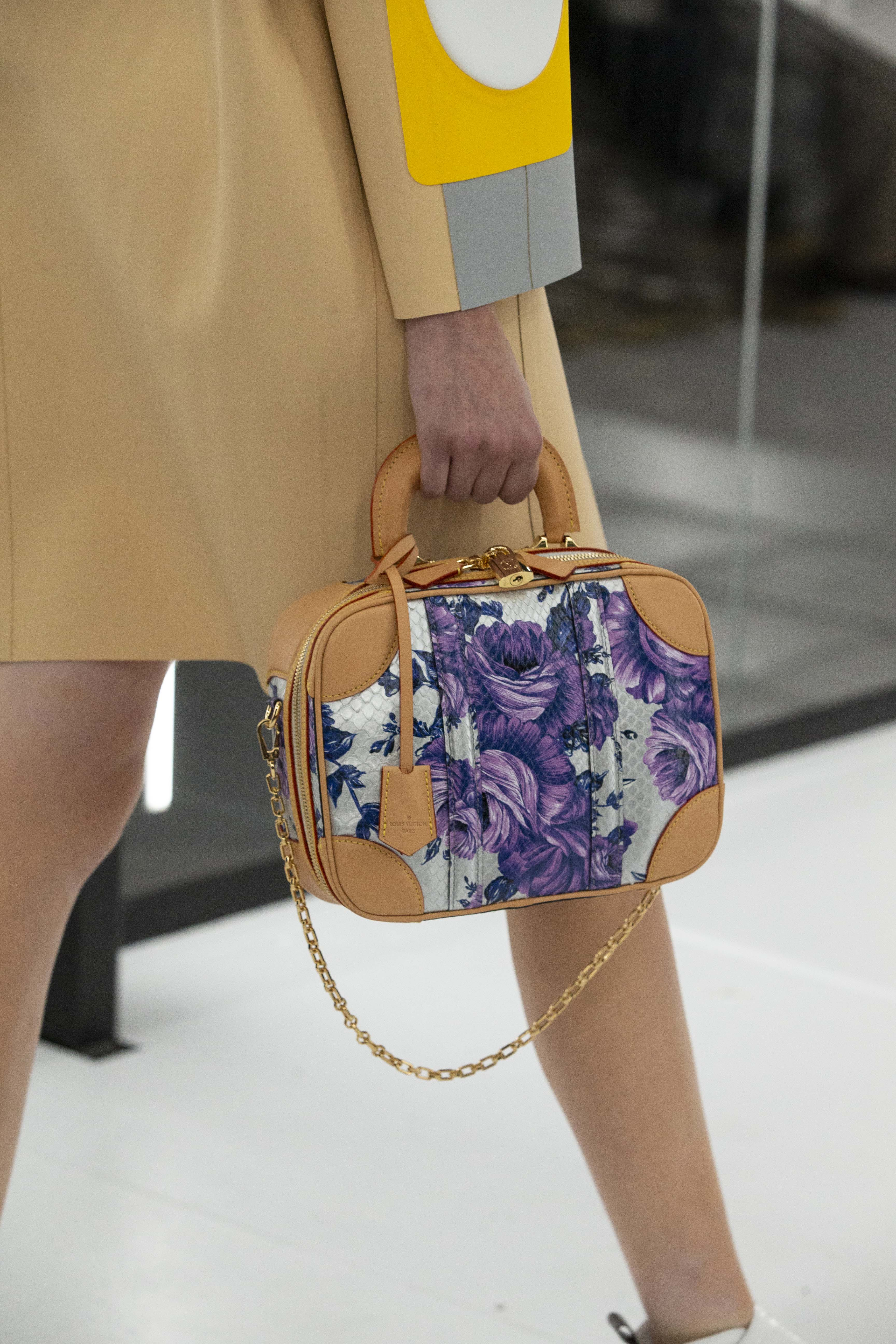 túi xách Louis Vuitton mini luggage họa tiết