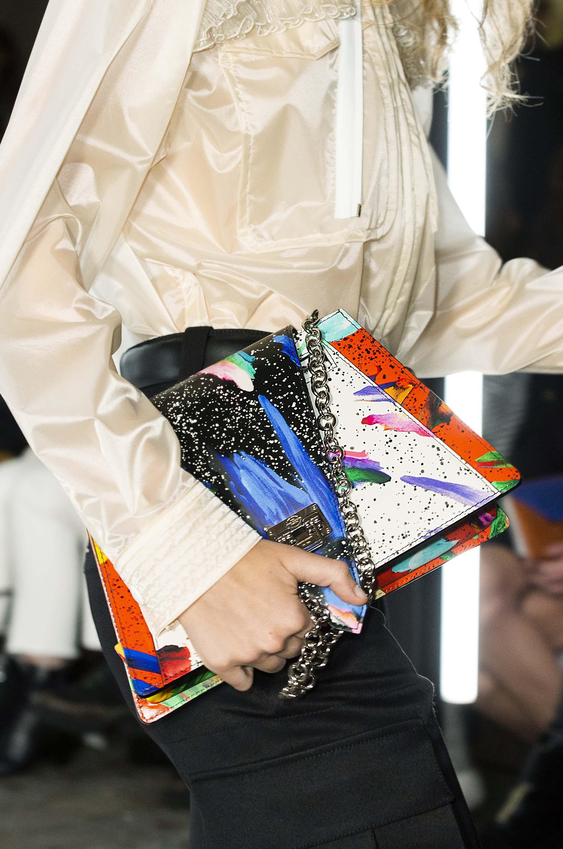 túi Louis Vuitton Trapeze
