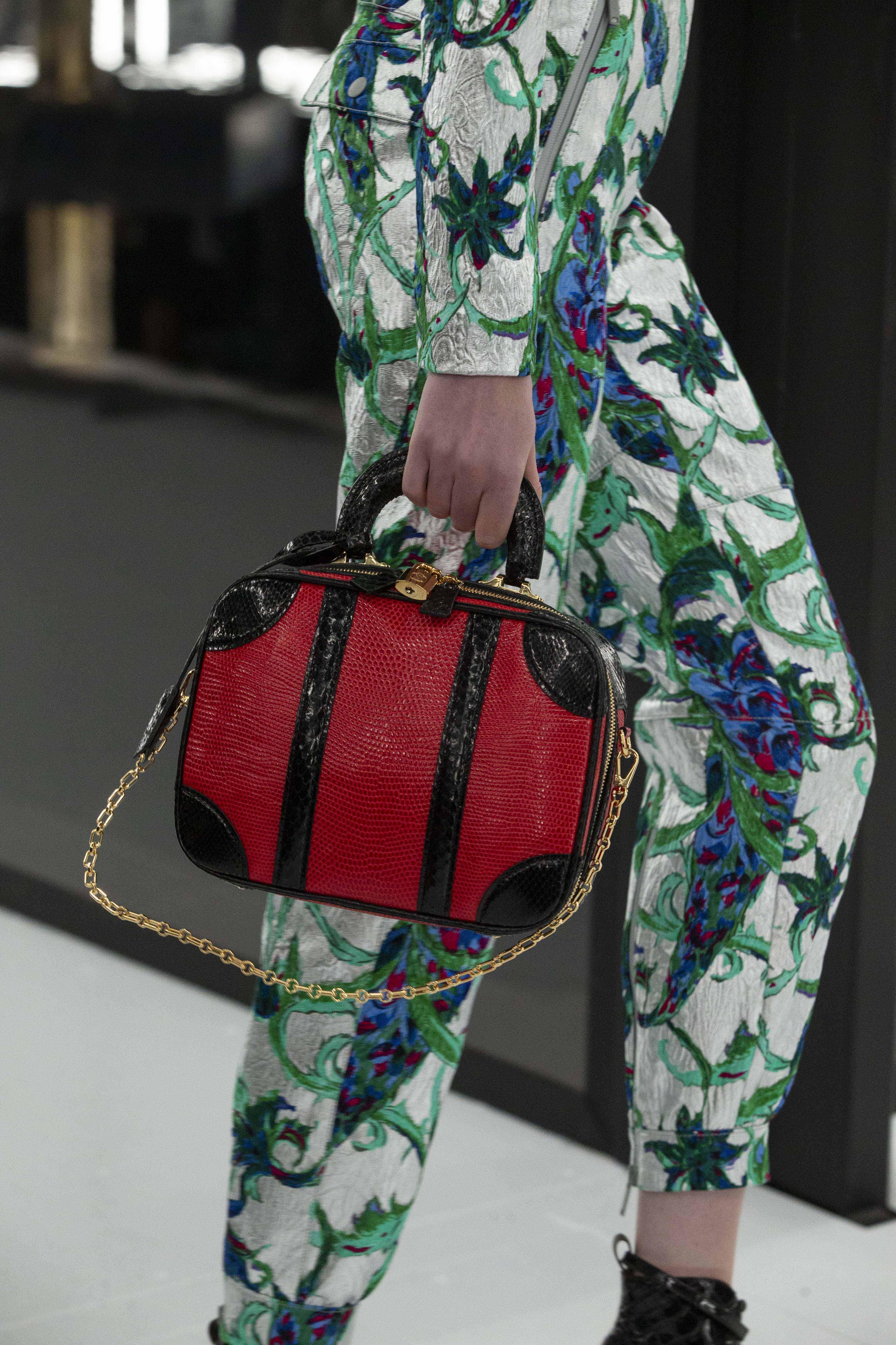 túi xách mini luggage màu đỏ