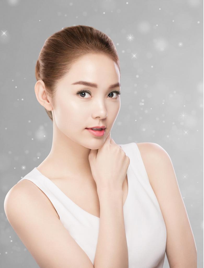 Hada Labo - diễn viên ca sĩ Minh Hằng